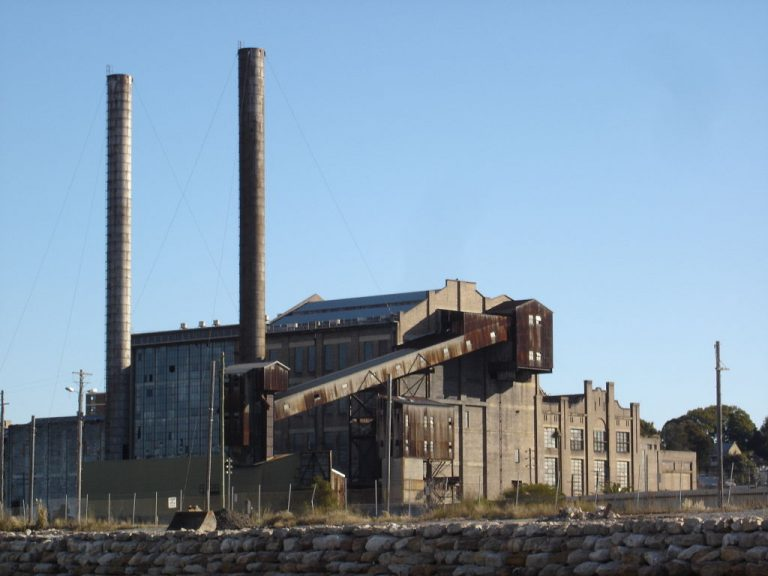 White Bay Power Station, Rozelle, New South Wales. Photo: Andy Mitchell via Wikimedia Commons