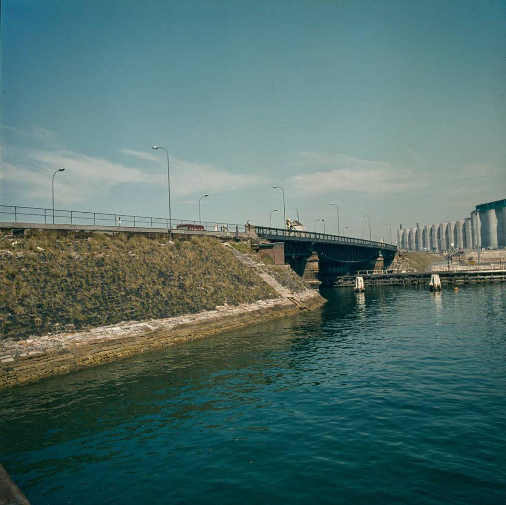 102159 Glebe Island Bridge 1973