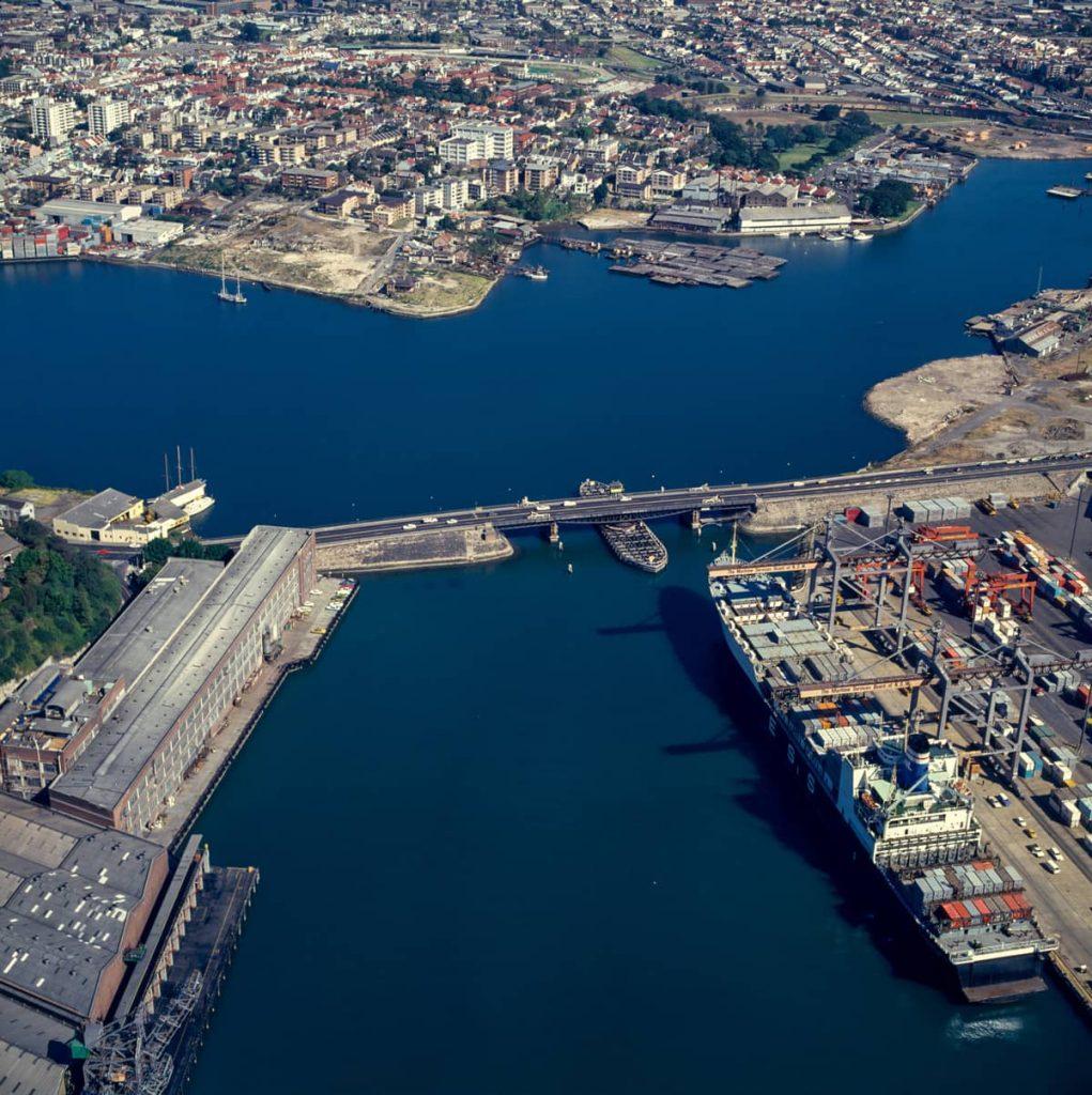 102163 Aerial of Glebe Island Bridge 1978