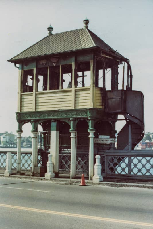 102169 Glebe Island Bridge Control Cabin Fire Damage 1982