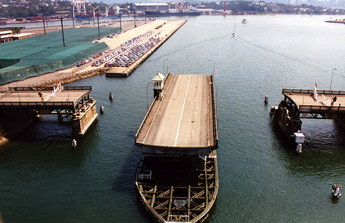 The old Glebe Island Bridge 2002
